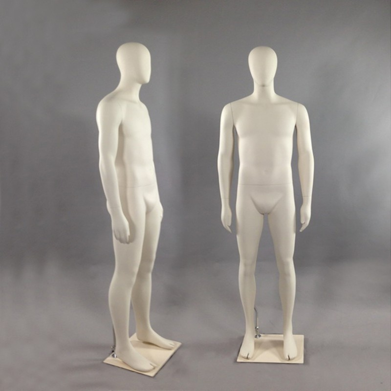 MALE MANNEQUIN – NEUTRAL POSE - HINDSGAUL